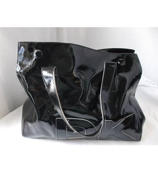 50b6e31a2c Women's Second-Hand Handbags, Backpacks & Purses - Oxfam GB