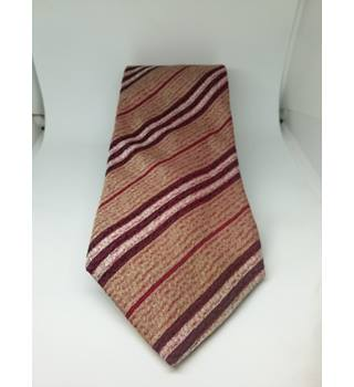bfd7aae64039 Vintage & Second-Hand Accessories For Men - Oxfam GB