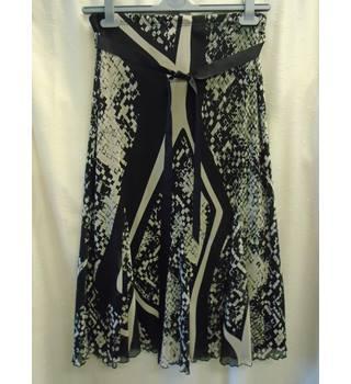 de505bfb5 M&S Calf Length Skirt, Black & Beige, Size 10 M&