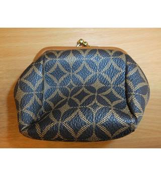 c4a9ce624 Womens Small Leather Money Bag Very Good Condition Fossil - Size: One size  - Brown