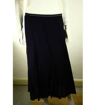 fbde7b054e Women's Vintage & Second Hand Skirts - Oxfam GB