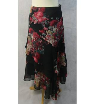 5bd35e8687 Draping summer skirt Per Una - Size: 8 - Multi-coloured