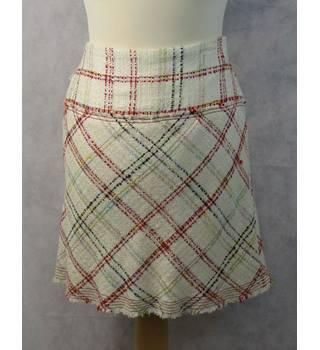 e7d5f84fc3 BNWT short skirt Zara - Size: 10 - Multi-coloured