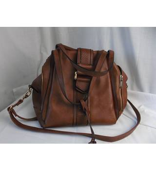 9b7833954dc24 Women's Second-Hand Handbags, Backpacks & Purses - Oxfam GB