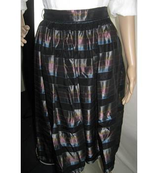 6ca301db7026 striped women's skirt julia sidgreene london - Size: 12 - Metallics - Knee  length skirt