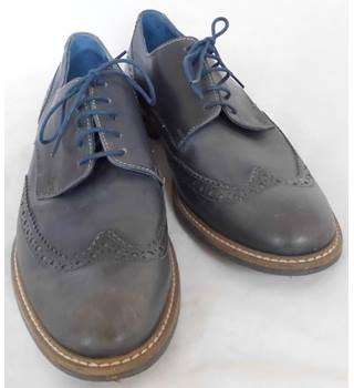030971b2a133a Men's Vintage & Second-Hand Shoes & Boots - Oxfam GB