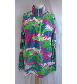 44910aba0408d Women's Vintage & Second-Hand Sportswear - Oxfam GB