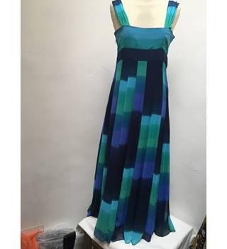 53ea61ffaf91 Per Una - Size: 10s - Shades of blue & green - Long dress