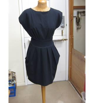 469fcacc0cab Louche Stylish Cut Exotic Navy Dress Size 12