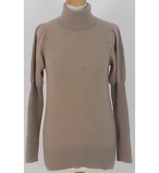 630ca9f8c86b48 French Connection Size M Light Brown Italian Cashmere Jumper With Juliet  Sleeves
