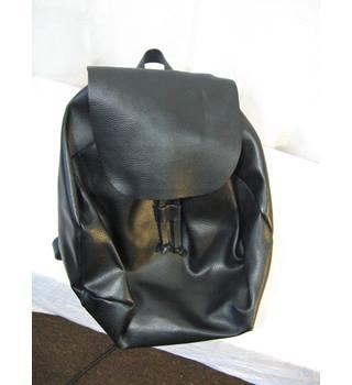 1773ba58f Women's Second-Hand Handbags, Backpacks & Purses - Oxfam GB