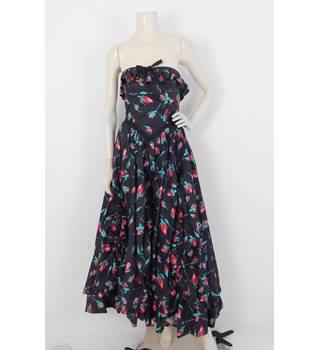 ead2ae82ba8575 Vintage 80's Laura Ashley Size:8 Black Evening Dress