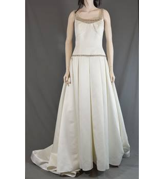 bf1b59125860 Henry Roth Wedding Dress - Cream - Size 12 - Condition : Very Good