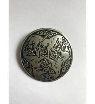 8a45352e392 Vintage St Justin Pewter Brooch Horses Celtic Shawl Pin St Justin - Size:  Medium -