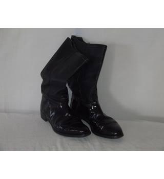 b5feb380c2d MEN'S MOSS BROS LEATHER COWBOY BOOTS SIZE 9 MOSS BROS - Size: 9 - Black