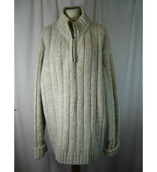 91a3574f1f7 Men's Vintage & Second-Hand Jumpers & Cardigans - Oxfam GB