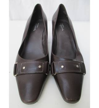 788fbba06b561 Women's Second Hand & Vintage Shoes, Boots & Sandals - Oxfam GB