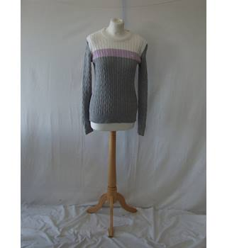 13fcbc666d4cd Jack WIlls 10 white grey purple stretchy cotton knit cable jumper designer  sweater