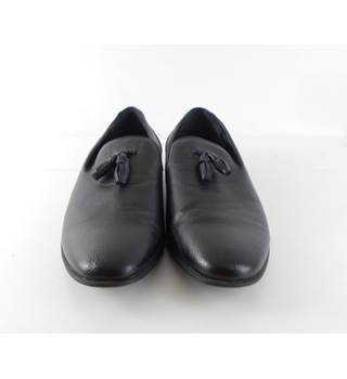 c6d2cb51a4f Men's Vintage & Second-Hand Shoes & Boots - Oxfam GB