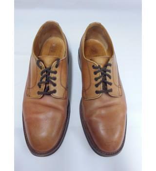 7d3854fdf93a1 Men's Vintage & Second-Hand Shoes & Boots - Oxfam GB