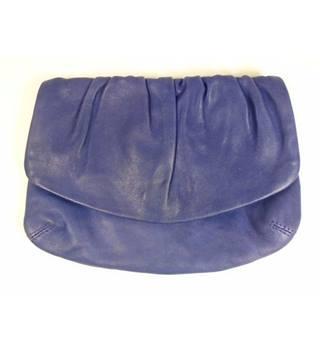 f201d6956d52 Women's Second-Hand Handbags, Backpacks & Purses - Oxfam GB