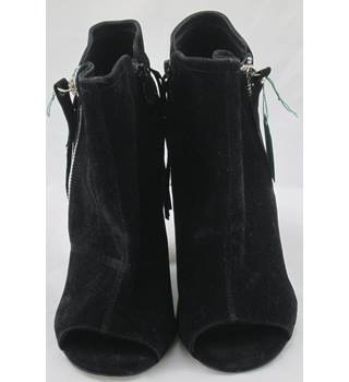 befae40cb7f4d Women's Second Hand & Vintage Shoes, Boots & Sandals - Oxfam GB