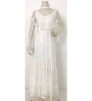 Pronuptia Lace Layered Wedding Dress White Size S Oxfam Gb Oxfam S Online Shop
