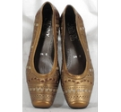Jenny By Ara Shoes Gold Size: 3.5