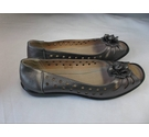 NWOT Annabelle Lights Super Light Weight Open Toe Flat Shoes Pewter Size: 7