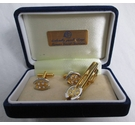 Unbranded Tiepin and cufflinks set Gold tone Size: Medium