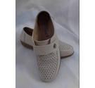 Comfort Shoes Beige Size: 5