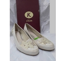 Clarks Heeled shoes Cream Size: 4