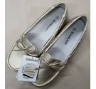 Damart Mocassin Shoes Gold Size: 5