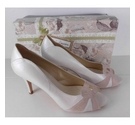 BNIB Rachel Simpson Leather Court Shoes Ivory Size: 8