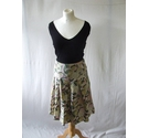 Laura Ashley silk blend skirt pleated floral print knee pink green Size: 8