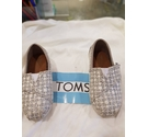 toms classic sliver glimmer slip ons silver glimmer Size: 7 uk