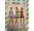 Style 2589 1970s women's sewing pattern. Size Junior 15/16 Dress, used, all pieces present