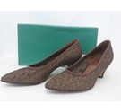 Vintage Clarks Valencienne court shoes coffee lace Size: 5.5