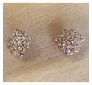 Vintage gold-toned clip-on diamante earrings.