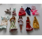VINTAGE 1970s PALITOY PIPPA DOLLS & Clothes Bundle - Collectable