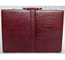 Pierre Cardin Leather Briefcase Burgandy Size: Not specified