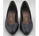 St Michael from Marks&Spencer Leather Court Shoes Black Size: 5.5