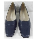 Botina Cascais Court Shoes Navy Size: 5