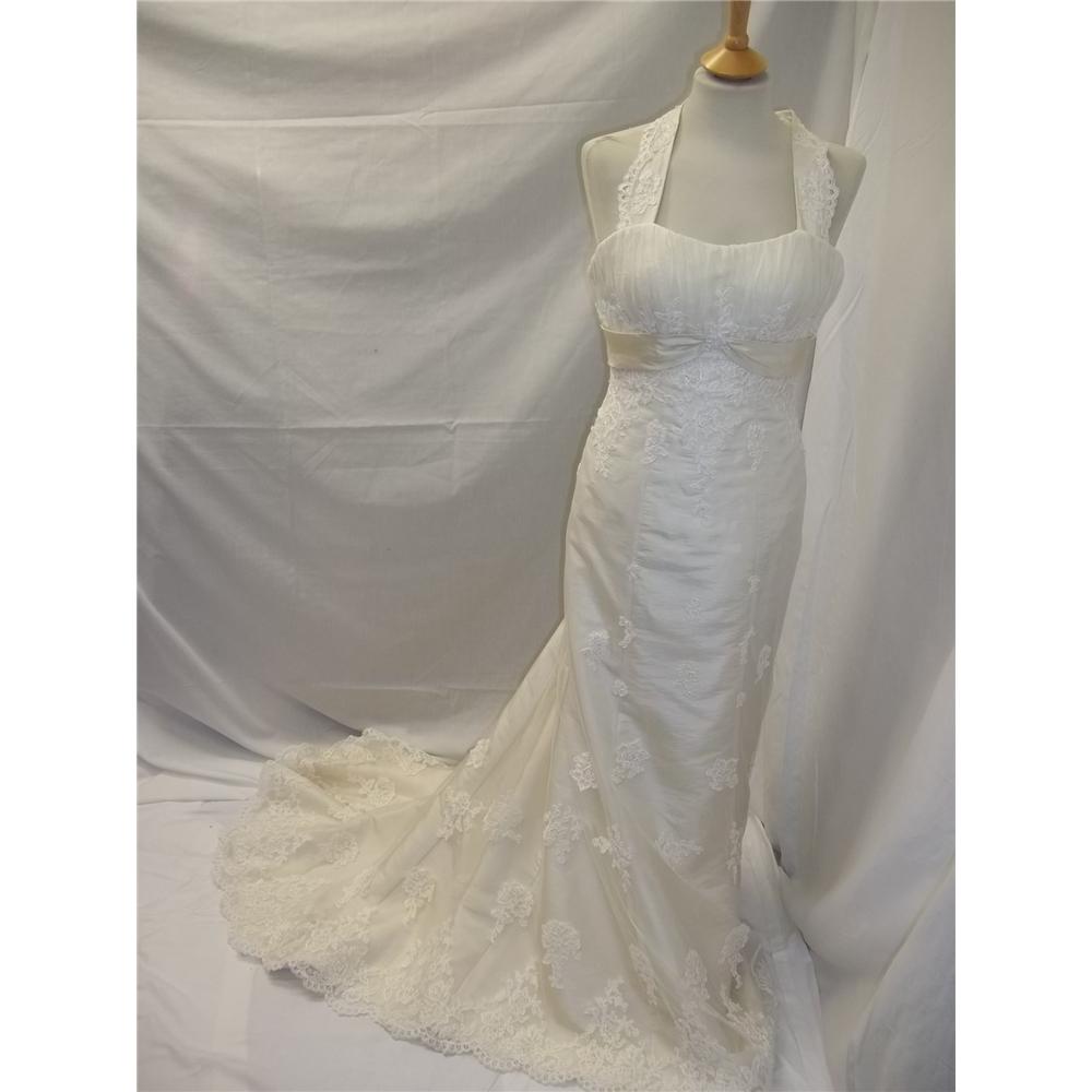 New price stunning ivory wedding dress size 8 10 oxfam for Oxfam wedding dress shop