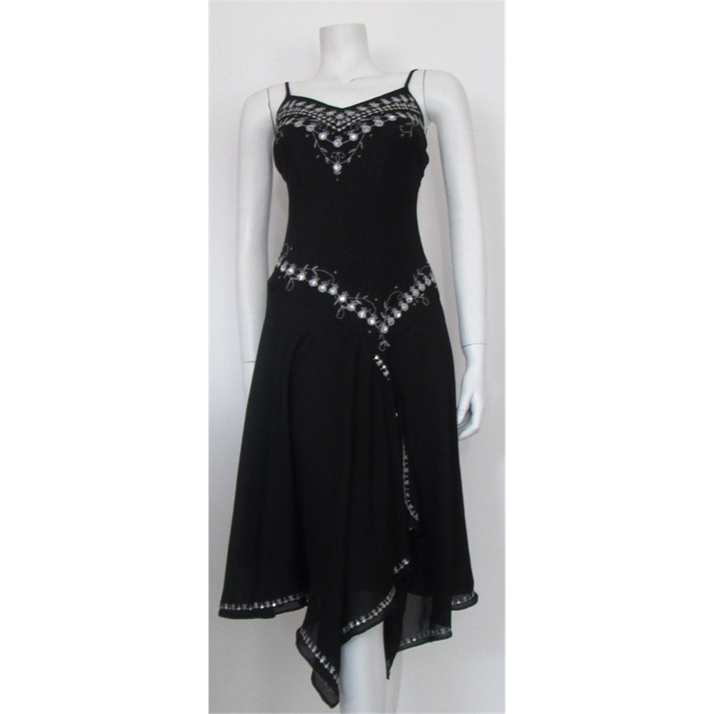 Littlewoods petite size 8 black dress with silver embroidery littlewoods petite size 8 black dress with silver embroidery littlewoods size loading zoom ombrellifo Image collections