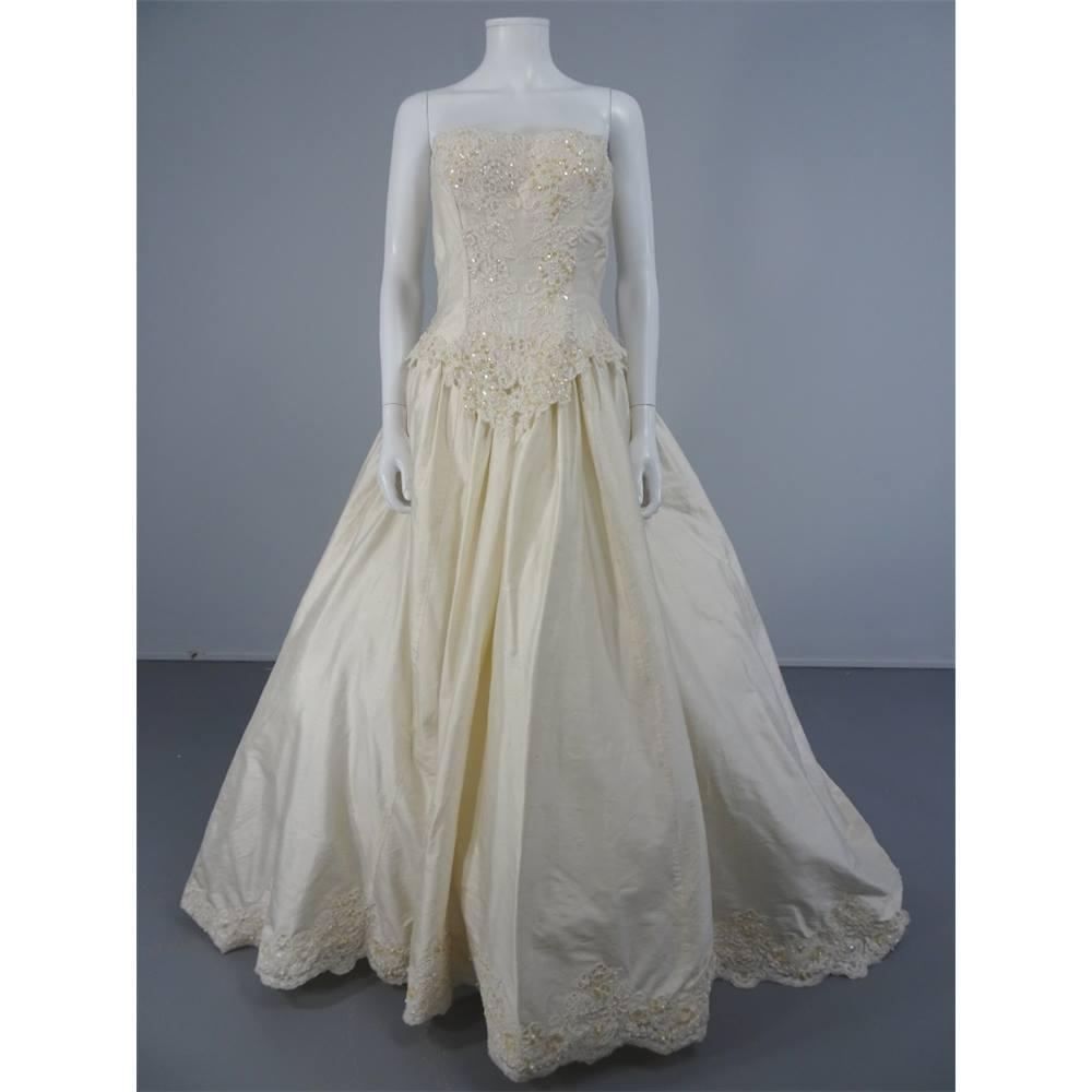 Vintage Wedding Dress 90s: Vintage 90's Alfred Angelo Ivory Size 10 Silk Wedding