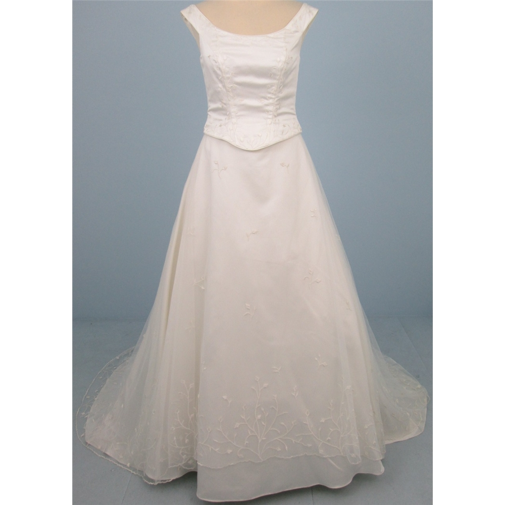 Dante by Ronald Joyce size: 12 ivory A-line wedding dress | Oxfam GB ...