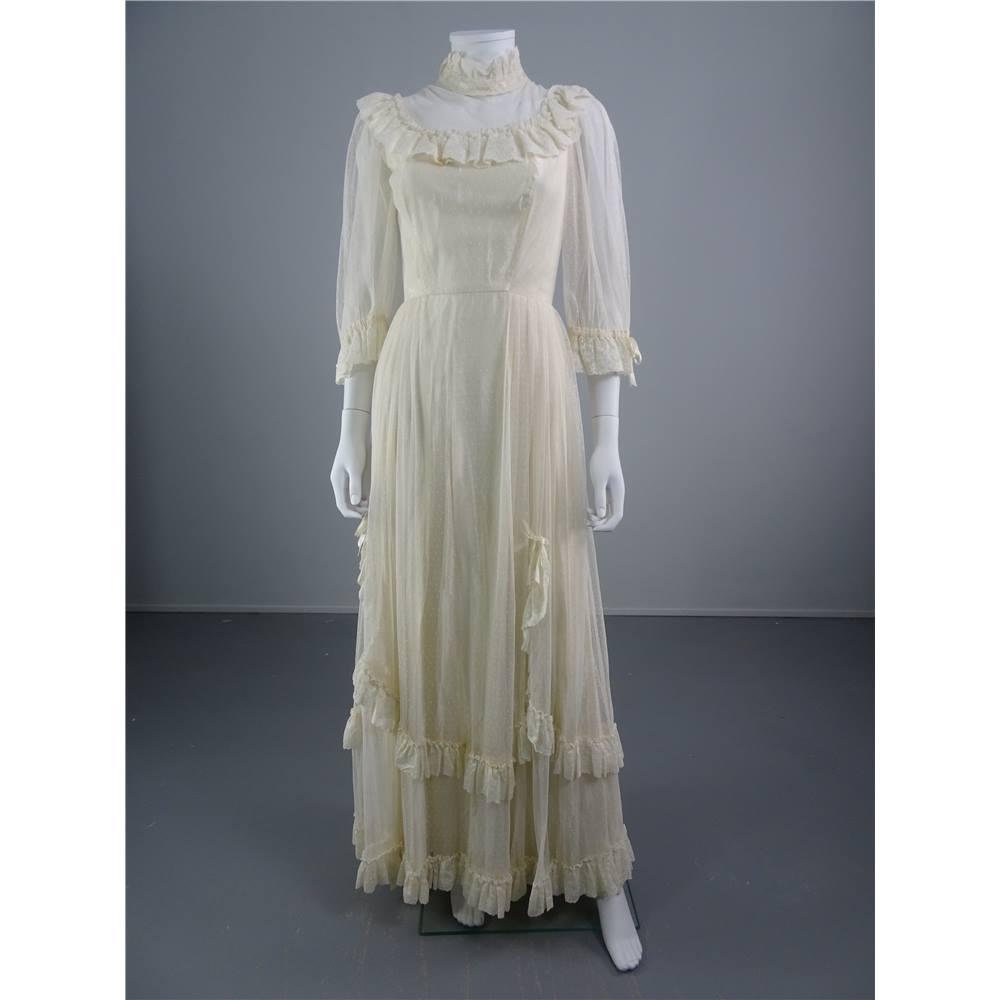 Vintage Wedding Dress Size 8: Vintage 1970'S Ivory Size 8 Wedding Dress With Polka Dot