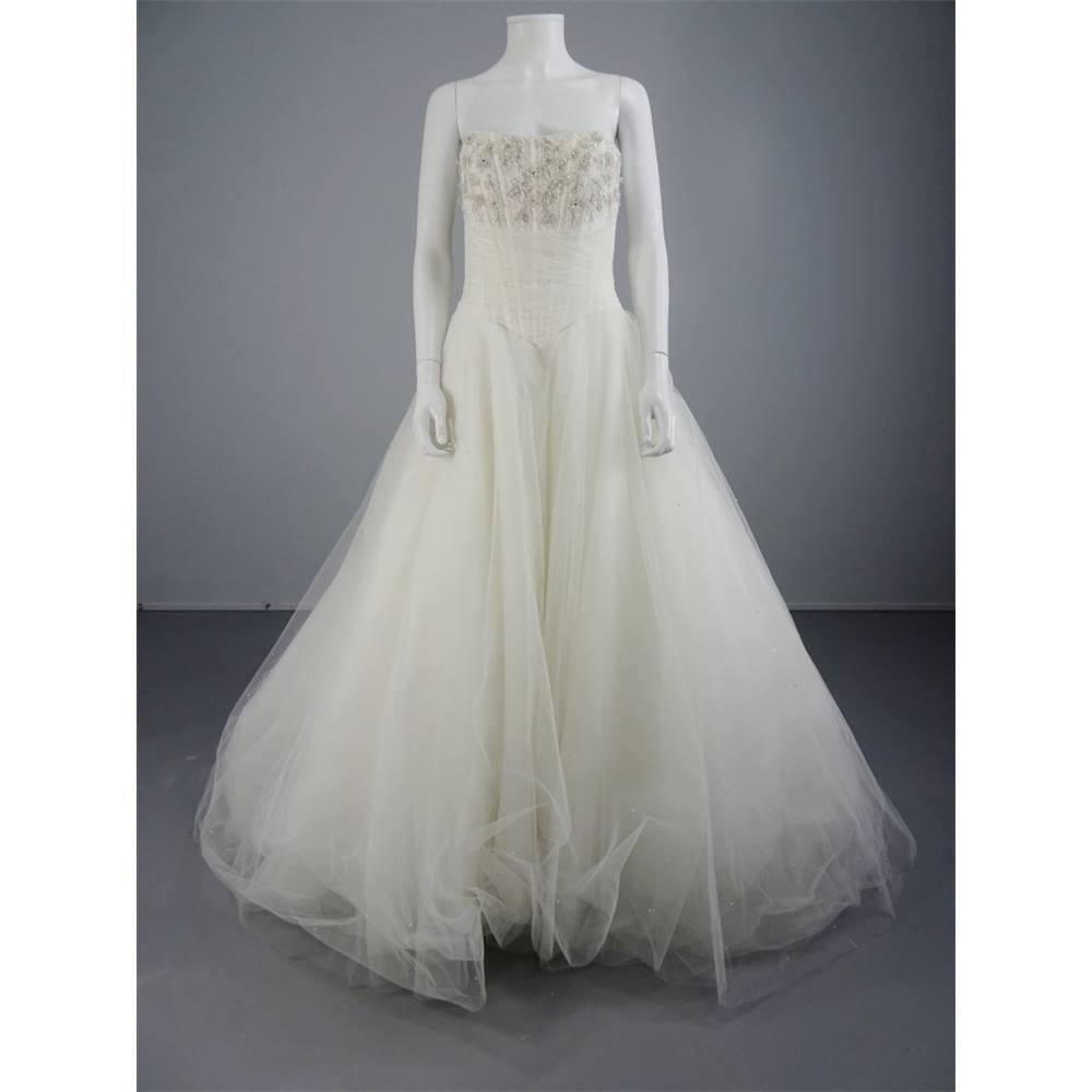 Paris Wedding Gowns: Pronuptia Paris Elegant Princess Size 14 Light Ivory