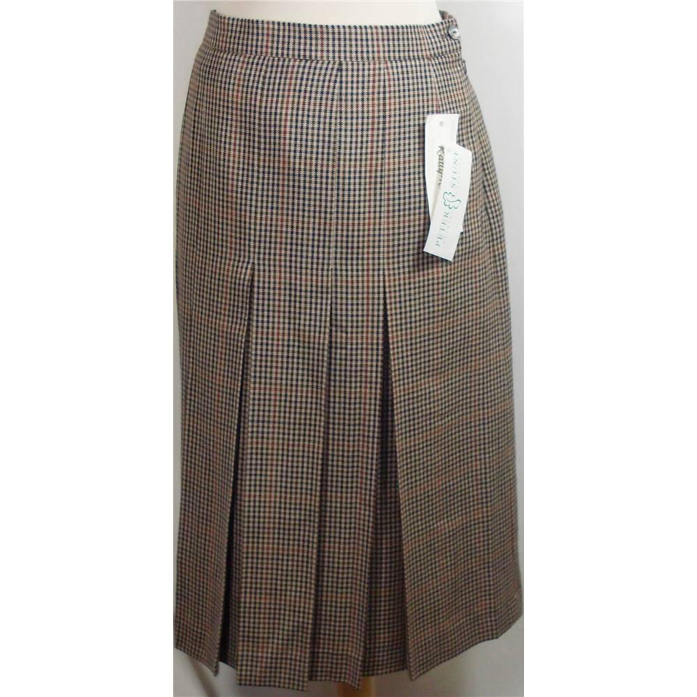 0312052930ef0 BNWT Rally-Klad size 20 brown check skirt